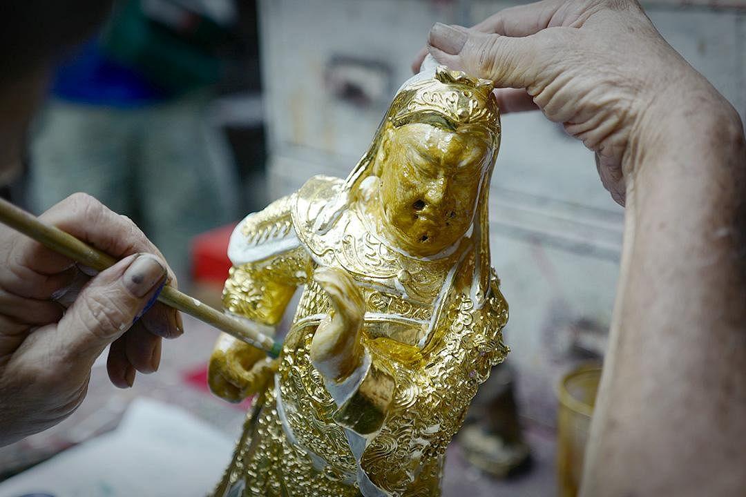saytianhng-buddha-shop-ng-yeow-hua-painting-golden-effigy_Medium.jpg