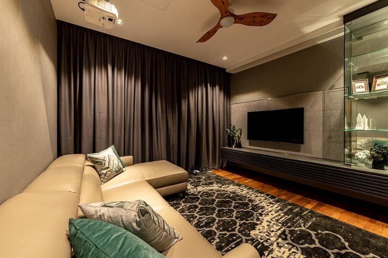 全新设计的娱乐室有足够的空间让一家大小享天伦乐。