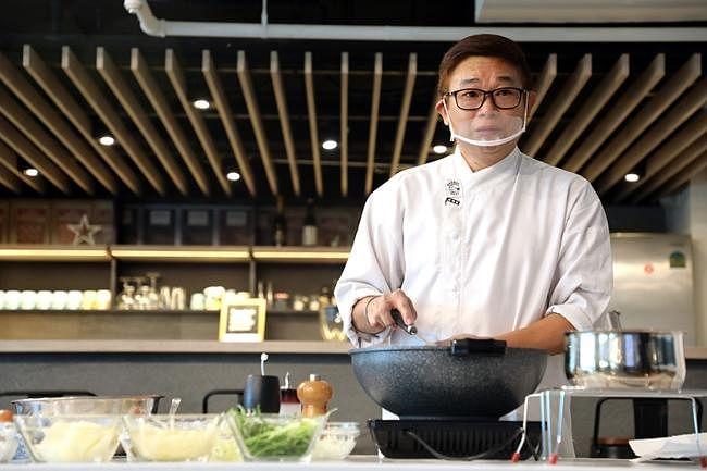 comenlive_wk8_cooking4.jpg