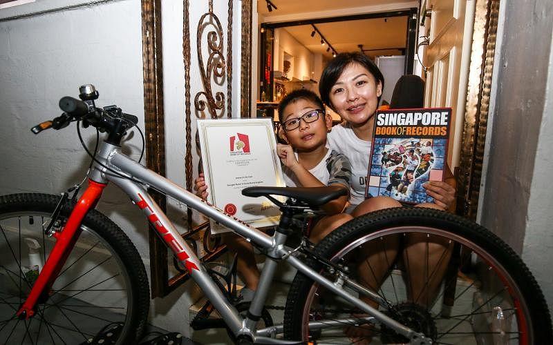 被载入《新加坡纪录大全》是意外惊喜,马素贞也是事后在网友提醒下,才想起林智宣可能是年纪最小的挑战者。